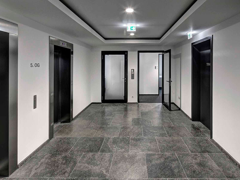 electricite-professionnel-atec-lumiere-de-couloir